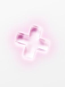ピンクの透明の十字の写真素材 [FYI01501940]