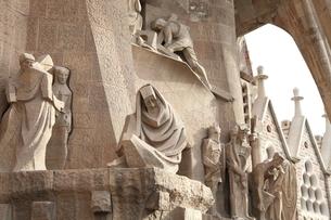サグラダ・ファミリア 外壁の彫刻の写真素材 [FYI01502004]