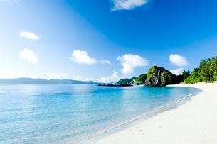 青い海と青い空の写真素材 [FYI01502034]