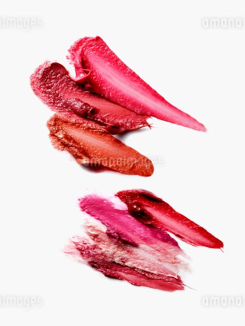 ピンクと赤の口紅の写真素材 [FYI01502387]