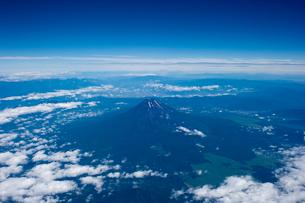 空から見下ろした富士山の写真素材 [FYI01502441]