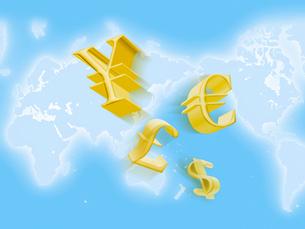 世界地図と通貨のマークの写真素材 [FYI01502539]