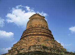 遺跡の仏塔の写真素材 [FYI01503334]