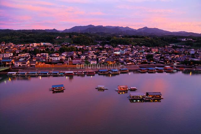 三隈川の夕景の写真素材 [FYI01503902]