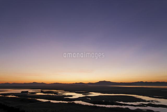 夕暮れのエーヤワディー川の写真素材 [FYI01504030]