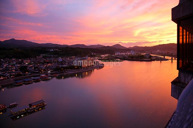 美隈川の夕景の写真素材 [FYI01504122]