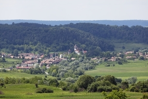 fortified church, village, viewpoint, Apold (Trappold)の写真素材 [FYI01506502]