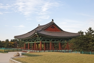 Anapji Pond, palace building, reconstruction, Gyeongjuの写真素材 [FYI01506859]