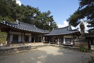 Ogyeon Jeongsa Pavilion, Hahoe Village, Gyeongsangbuk-doの写真素材 [FYI01507121]