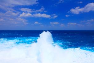 波しぶきの写真素材 [FYI01512713]