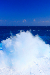 波しぶきの写真素材 [FYI01513432]