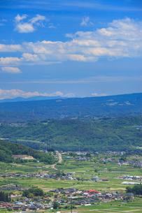 砥石城跡から望む富士山などの山並みの写真素材 [FYI01516885]
