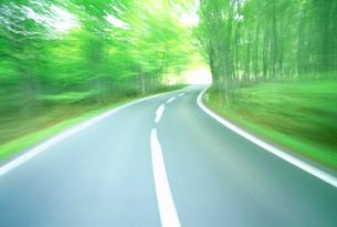 道路走行の写真素材 [FYI01518053]