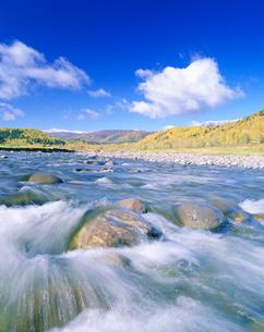 石狩川源流と大雪山の写真素材 [FYI01519089]