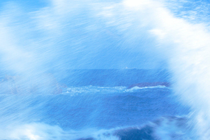 波しぶきの写真素材 [FYI01528339]