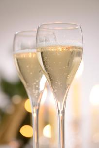 シャンパングラスのパーティーイメージの写真素材 [FYI01530614]