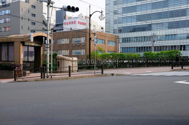 八丁堀駅と高橋の写真素材 [FYI01540449]