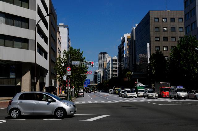 八丁堀交差点,新大橋通りの写真素材 [FYI01540473]