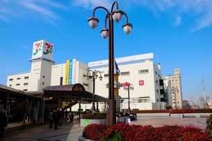 JR船橋駅北口の商業施設の写真素材 [FYI01541446]