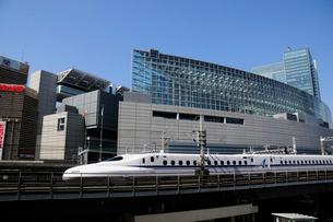 東海道新幹線 N700Aの写真素材 [FYI01542521]