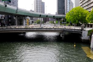 土佐堀川の写真素材 [FYI01544814]