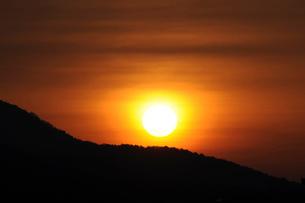 蒜山高原の朝日の写真素材 [FYI01545581]