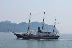 淡路福良港からのうずしお観光船の写真素材 [FYI01546718]