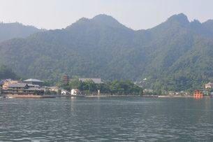 世界遺産・日本三景 夏の宮島風景の写真素材 [FYI01546889]