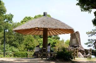 須磨離宮公園・月見の松跡の写真素材 [FYI01548117]