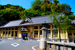 新緑 城崎温泉外湯廻りの写真素材 [FYI01549109]