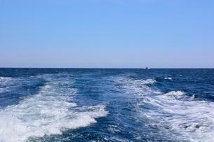 名勝,観光船で浦富海岸めぐりの写真素材 [FYI01549251]