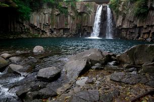 天帝淵滝の写真素材 [FYI01556801]