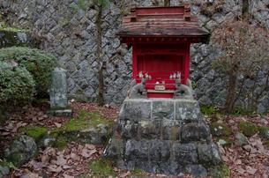 塩原 温泉神社のさい銭箱の写真素材 [FYI01557381]