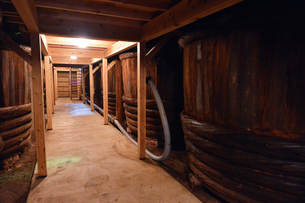昔ながらの醤油製作所の写真素材 [FYI01557872]