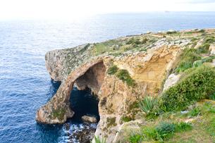 青の洞窟(洞門)の写真素材 [FYI01558377]