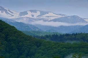 乗鞍高原一ノ瀬園地から見た乗鞍岳の写真素材 [FYI01559338]