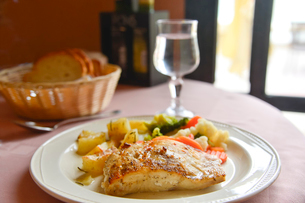 魚料理の写真素材 [FYI01559748]