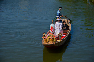 潮来あやめ祭りの嫁入り舟の写真素材 [FYI01559847]