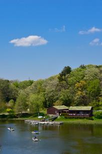 アンデルセン公園 太陽の池ボート乗り場の写真素材 [FYI01560020]