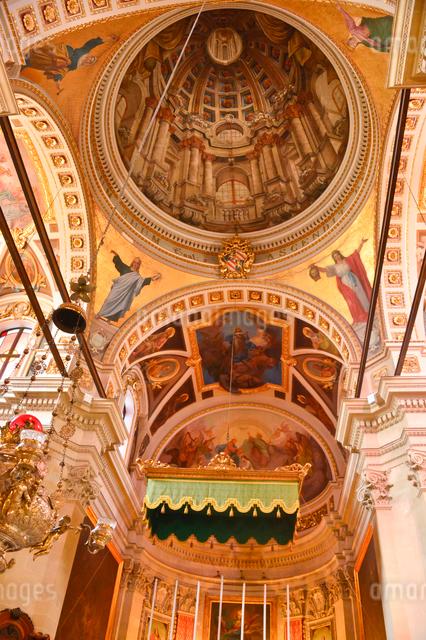 大聖堂内部の写真素材 [FYI01560204]