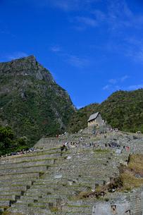 マチュピチュ山とマチュピチュ遺跡のアンデネス(段々畑)の写真素材 [FYI01560554]