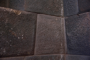 コリカンチャ,角でもつなぎ目がずらして組まれた精巧な内部の写真素材 [FYI01560656]