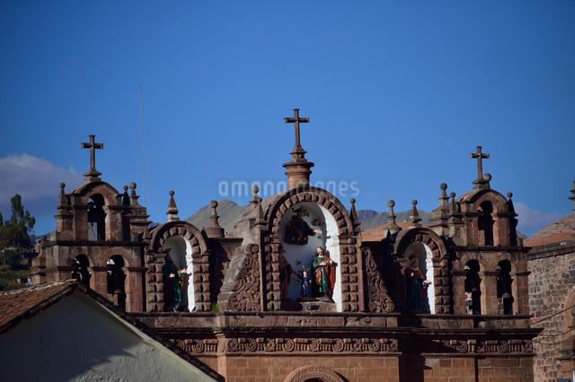 カテドラルの並びにスペインによって作られたキリストの像の写真素材 [FYI01560669]