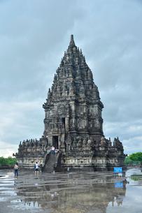 プランバナン寺院遺跡の写真素材 [FYI01561016]