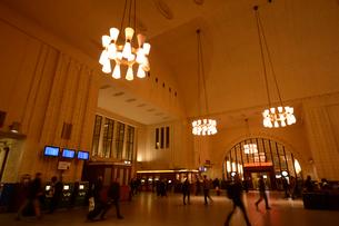 ヘルシンキ中央駅の構内の写真素材 [FYI01561128]