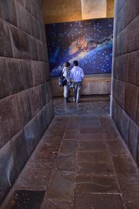 コリカンチャ,耐震性を考えて組まれた内部の石組の写真素材 [FYI01561431]