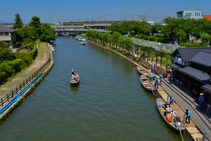 潮来あやめ祭り会場のろ舟の写真素材 [FYI01561659]