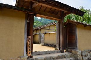 一乗朝倉氏遺跡の再建された町並みの写真素材 [FYI01561702]