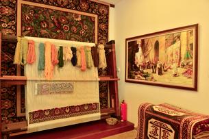 トルコ絨毯織物工場の写真素材 [FYI01562489]