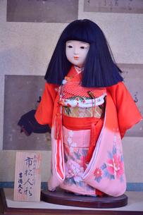 真壁のひなまつりに飾られた市松人形の写真素材 [FYI01563474]